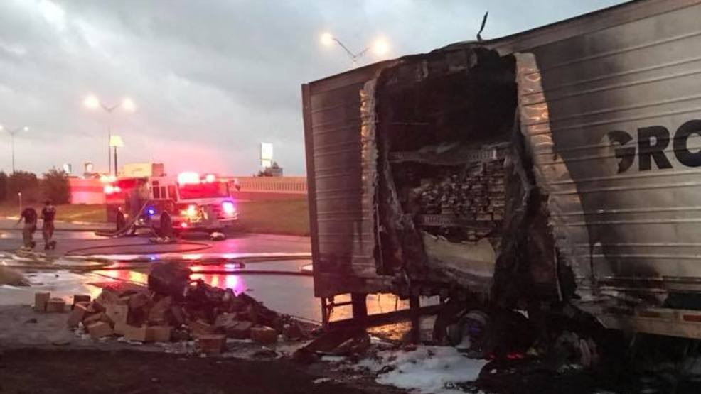 Big rig fire slows down morning commute in New Braunfels | KABB