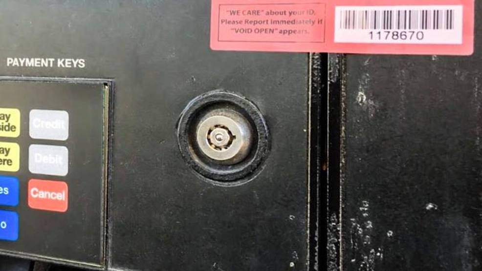 Police spot new type of skimmer, urge drivers to be alert at gas