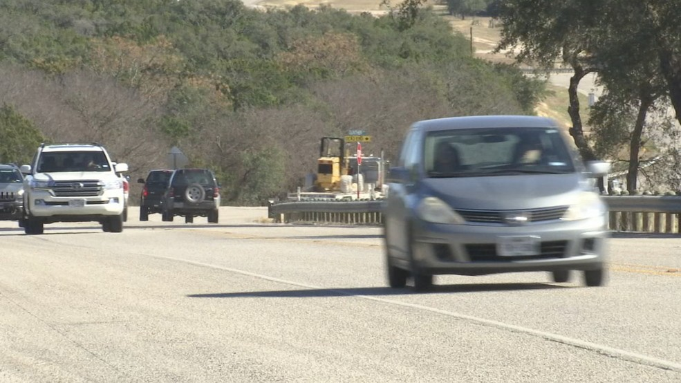 Portion of Hill Country highway averages 100 crashes per year, TxDOT